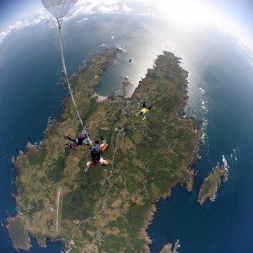 Saut en parachute proche Aérodrome de Vannes