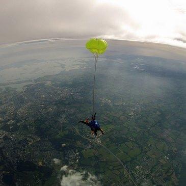 Réserver Saut en parachute département Morbihan