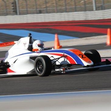 Stage en Formule 4 sur le Circuit du Luc