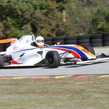 Stage en Formule 4 - Circuit de Croix-en-Ternois
