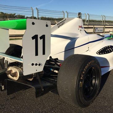 Stage de pilotage Formule 3 proche Circuit de Trappes