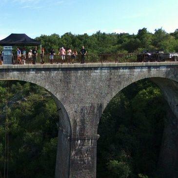 Saut à l'élastique en région Languedoc-Roussillon