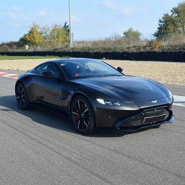 Stage de Pilotage Aston Martin, département Bouches du Rhône