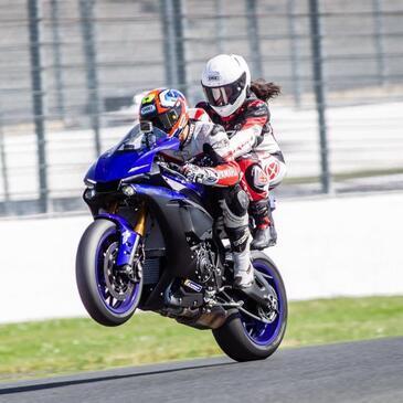 Baptême Moto sur Circuit proche Circuit du Val de Vienne - Le Vigeant