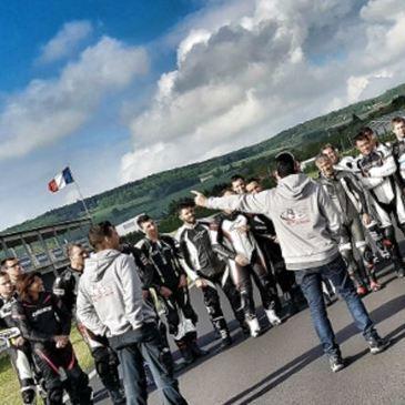 Stage de pilotage moto proche Circuit du Val de Vienne - Le Vigeant