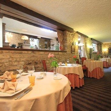 Vouillé, à 20 min de Poitiers, Vienne (86) - Week end Gastronomique