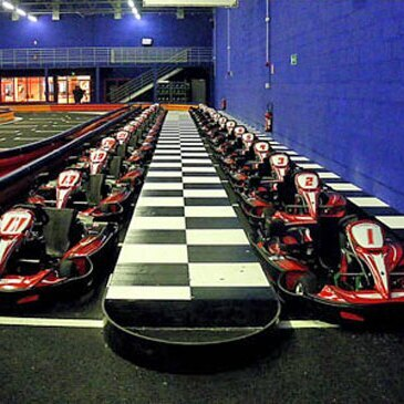 Sessions de Karting Indoor à Melun