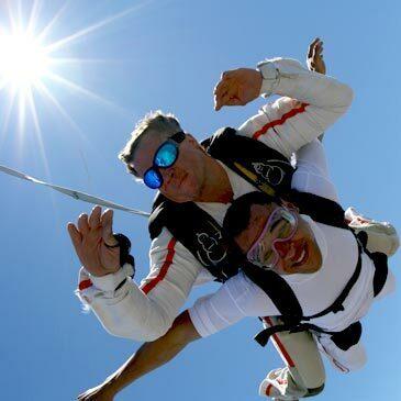 Saut Parachute en Tandem proche de Marseille