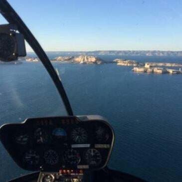 Initiation au Pilotage d'Hélicoptère près de Salon-de-Provence