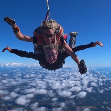 Saut en parachute, département Gironde