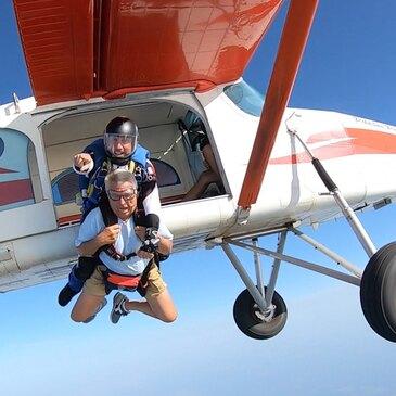 Aérodrome de Soulac-sur-Mer, Gironde (33) - Saut en parachute