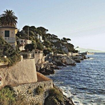 Les Calanques de l'Estérel en Bateau au départ de Cannes en région PACA et Corse