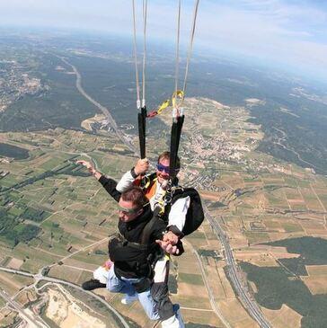 Saut en parachute, département Hérault