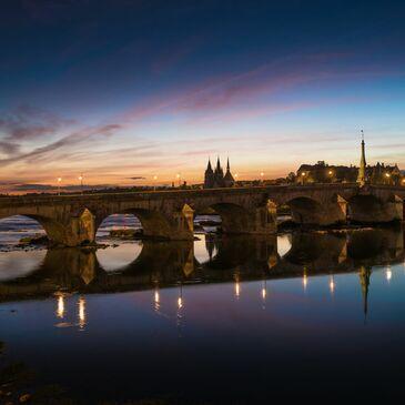 Survol de la Loire en Hélicoptère au coucher du soleil à Tours