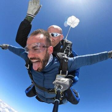 Saut en parachute, département Sarthe