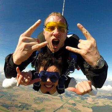 Saut en Parachute Tandem près de Compiègne