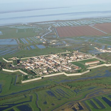 Etaules, à 15 km de Marennes, Charente maritime (17) - Baptême de l'air paramoteur