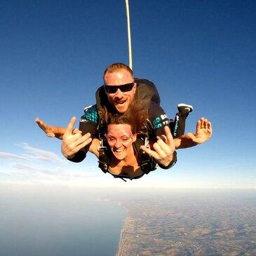 Saut en Parachute Tandem près de Meaux