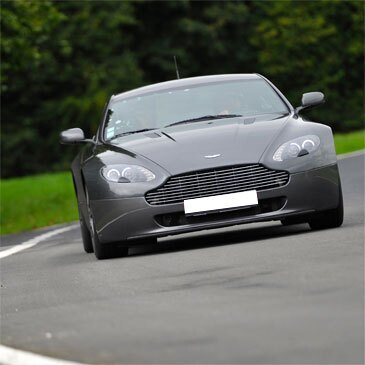 Stage de Pilotage Aston Martin - Circuit d'Alès