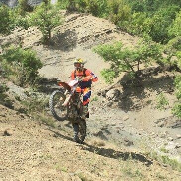 Randonnée en Moto Enduro à Saint-Nectaire