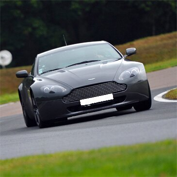 Stage de Pilotage Aston Martin - Circuit de Clastres