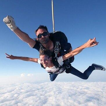Saut en Parachute Tandem près d'Alençon
