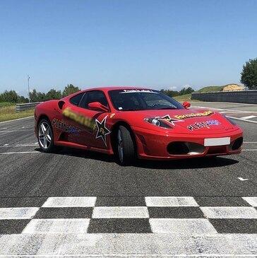 Stage Enfant en Ferrari F430 à Fontenay-le-Comte