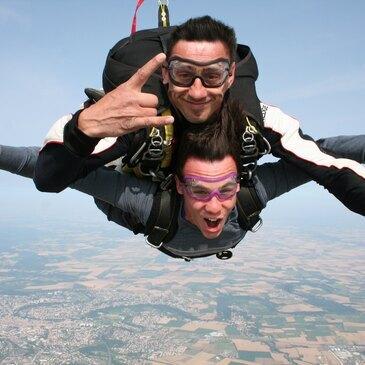 Saut en Parachute Tandem près de la Roche-sur-Yon
