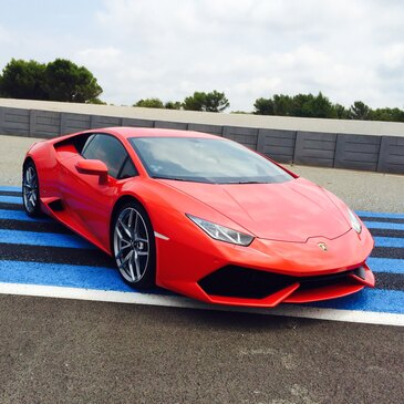 Week-end Pilotage Ferrari et Lamborghini au Castellet en région PACA et Corse