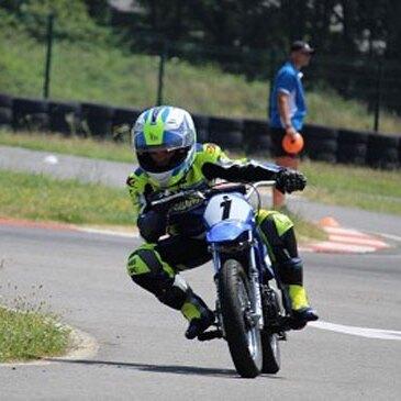 Stage de Pilotage Moto pour Enfant près de Saintes