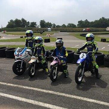 Saint-Jean-d'Angély, à 20 min de Saintes, Charente maritime (17) - Stage de Pilotage pour Enfant