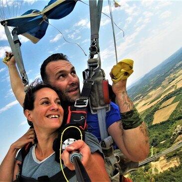 Saut en parachute, département Puy de dôme