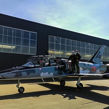 Aéroport de Grenoble-Isère, Isère (38) - Vol avion de chasse