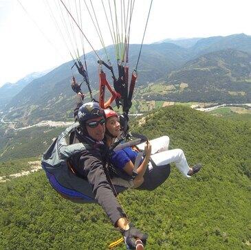 Alpes Maritimes (06) Provence-Alpes-Côte d'Azur et Corse - SPORT AERIEN