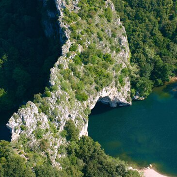 Week-end Baptême en Hélicoptère Survol des Gorges de l'Ardèche