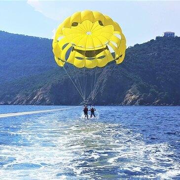 Parachute Ascensionnel proche Cavalaire-sur-Mer