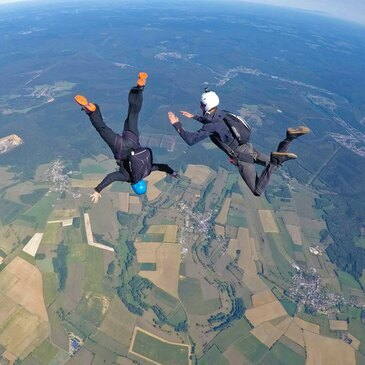 Stage de Parachutisme PAC à Charleville-Mézières