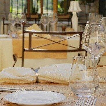 Orgon, à 10 min de Cavaillon, Bouches du Rhône (13) - Week end en Amoureux