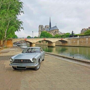 Découverte du Paris Insolite en Voiture de Collection