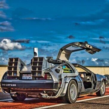 Pilotage DeLorean de Retour vers le Futur près de Melun