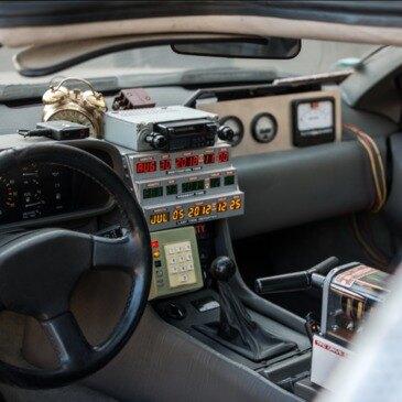 Pilotage DeLorean de Retour vers le Futur près de Melun en région Ile-de-France