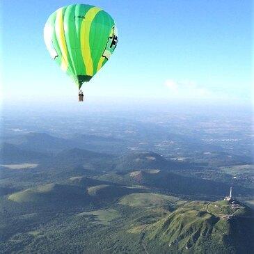 Vol en Montgolfière - Survol des Volcans d'Auvergne en région Auvergne