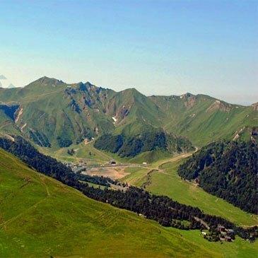 Aérodrome d'Issoire - Le Broc, Puy de dôme (63) - Baptême de l'air hélicoptère