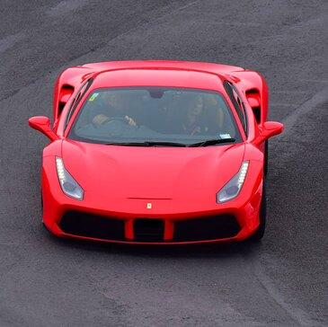 Stage en Ferrari 488 GTB - Circuit de Pont-l'Évêque