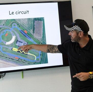 Stage de Pilotage pour Enfant proche Chasseneuil-du-Poitou