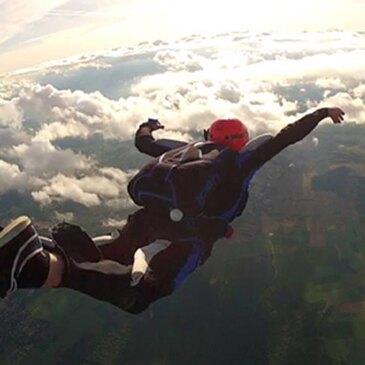 Saut en parachute proche Aérodrome de Chalon-Champforgeuil