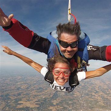 Week end Saut en Parachute en Tandem près d'Agen