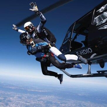 Saut en parachute en région Rhône-Alpes