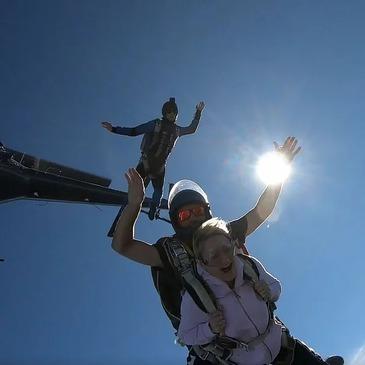 Viuz-en-Sallaz, à 40 min d'Annecy, Haute savoie (74) - Saut en parachute