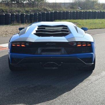 Stage de pilotage Lamborghini proche Circuit de Lédenon